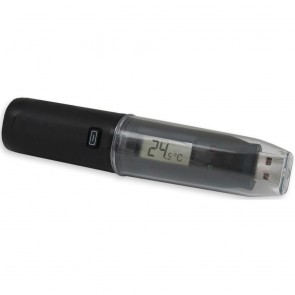 Temperature Data Logger with Digital Display